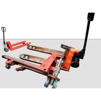 Servis a opravy paletových vozíků ručné vedených.